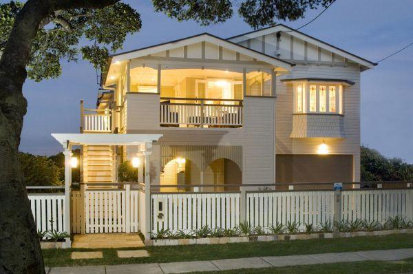 Modern Queenslander Landscape Design Arbours