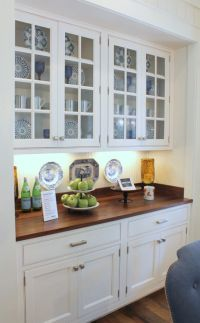 southern living idea house breakfast area built in cabinet ...