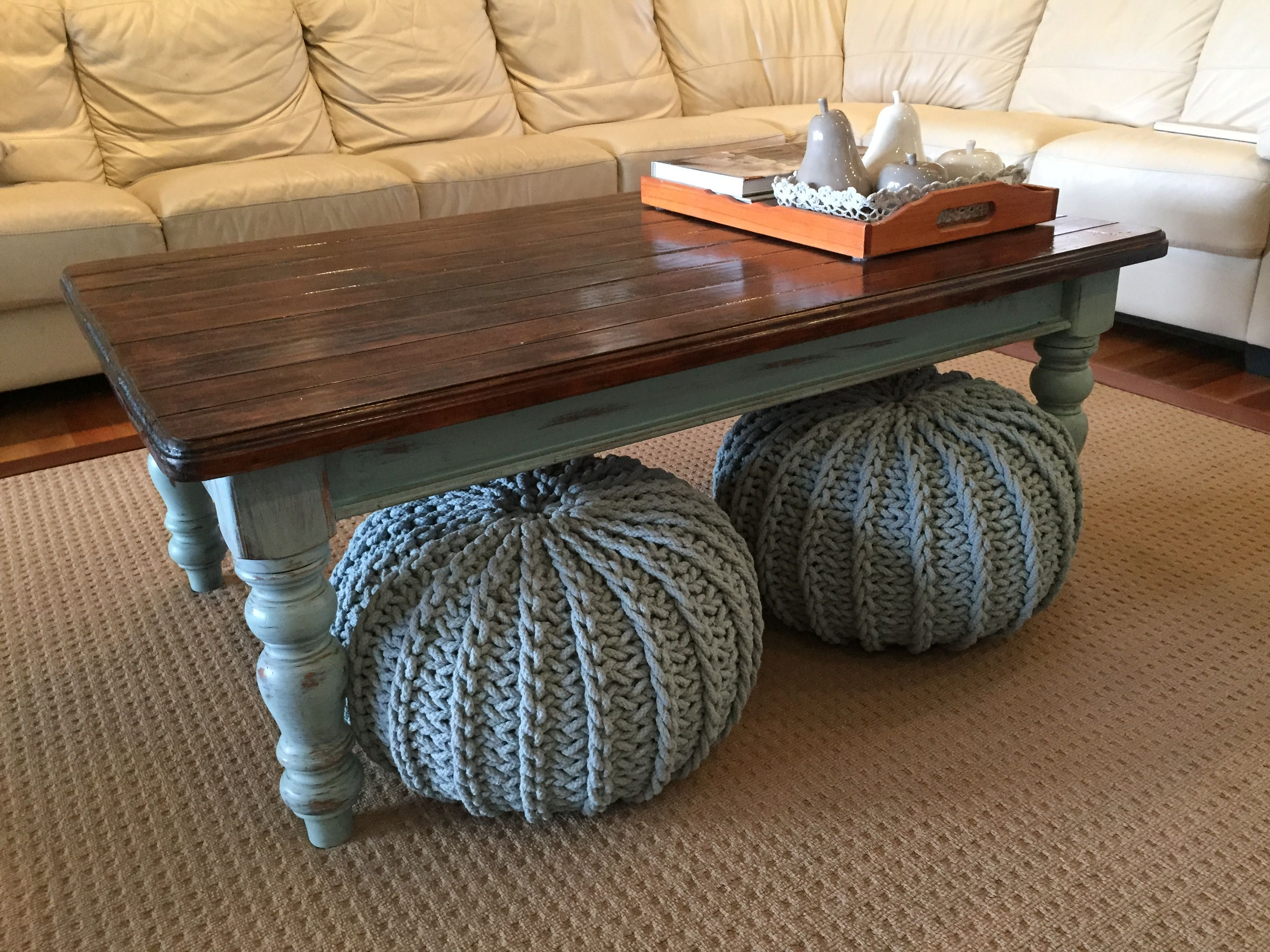 Country farmhouse style coffee table legs painted duck