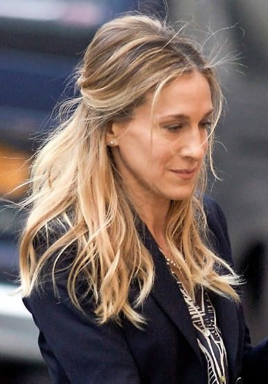 Sarah Jessica Parker Updo Hairstyle Make Up Etc Pinterest