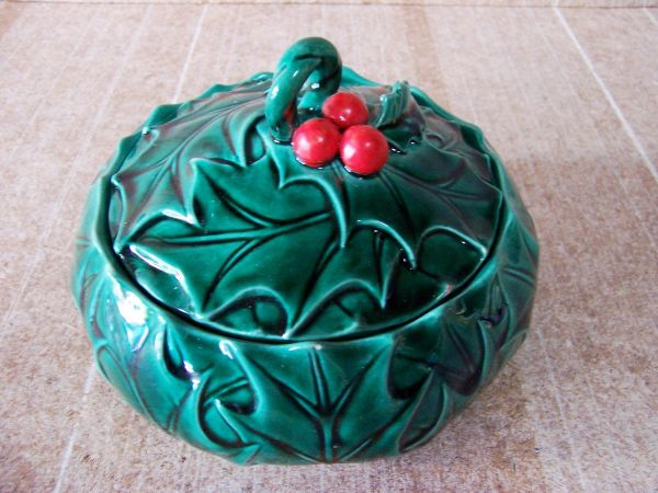 Vintage Lefton Christmas Holly Candy Dish In Japan