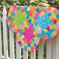 GO! Double Wedding Ring Quilt - http://www.accuquilt.com ...