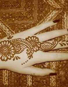 Arabic henna designs are very famous in asian womens colors dark but looks pretty also design beauty art pinterest hennas and rh