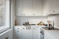 Small all-white kitchen | K i t c h e n s | Pinterest ...