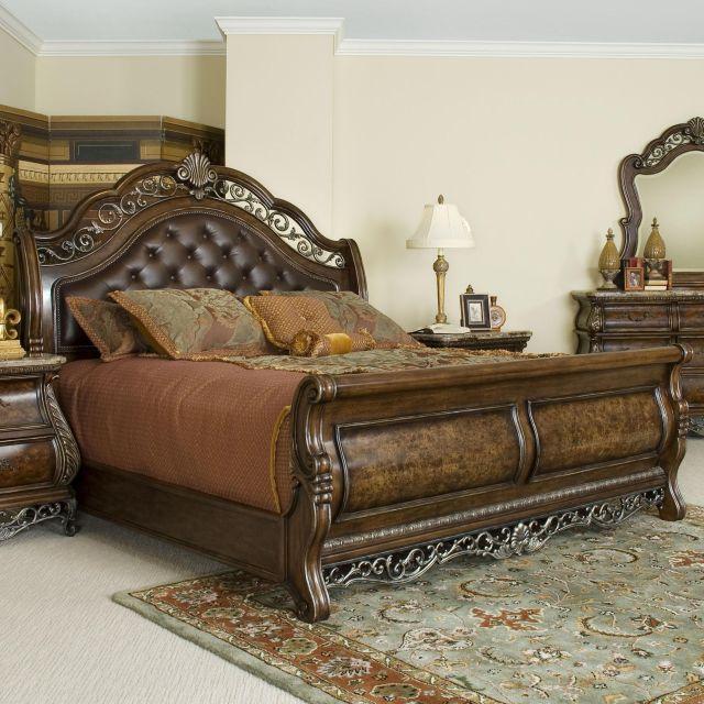 Birkhaven King Sleigh Bed by Pulaski Furniture