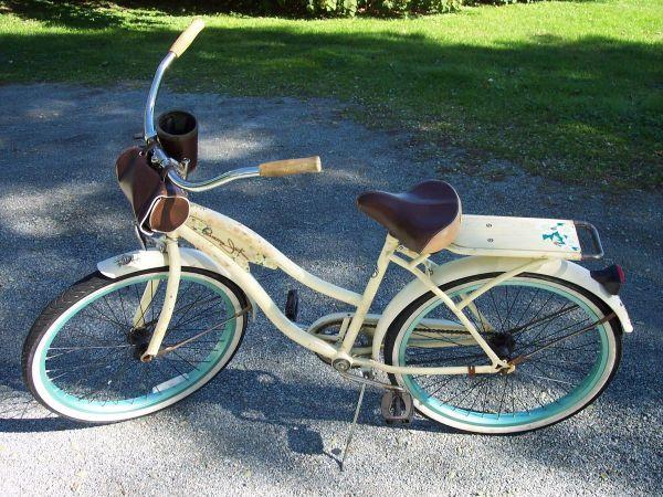 Vintage Womens Panama Jack Huffy Beach Cruiser Bike
