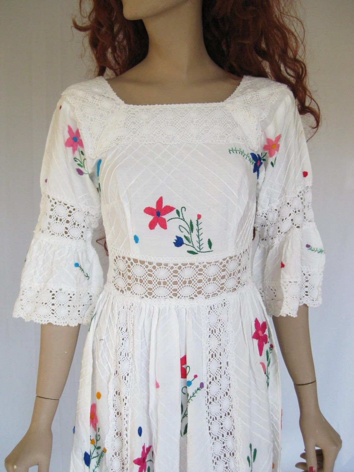 Vintage 60s 70s Embroidered Lace Mexican Wedding Dress X