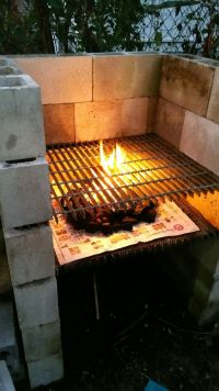 Create a BBQ grill from cinder blocks | Home improvement ...