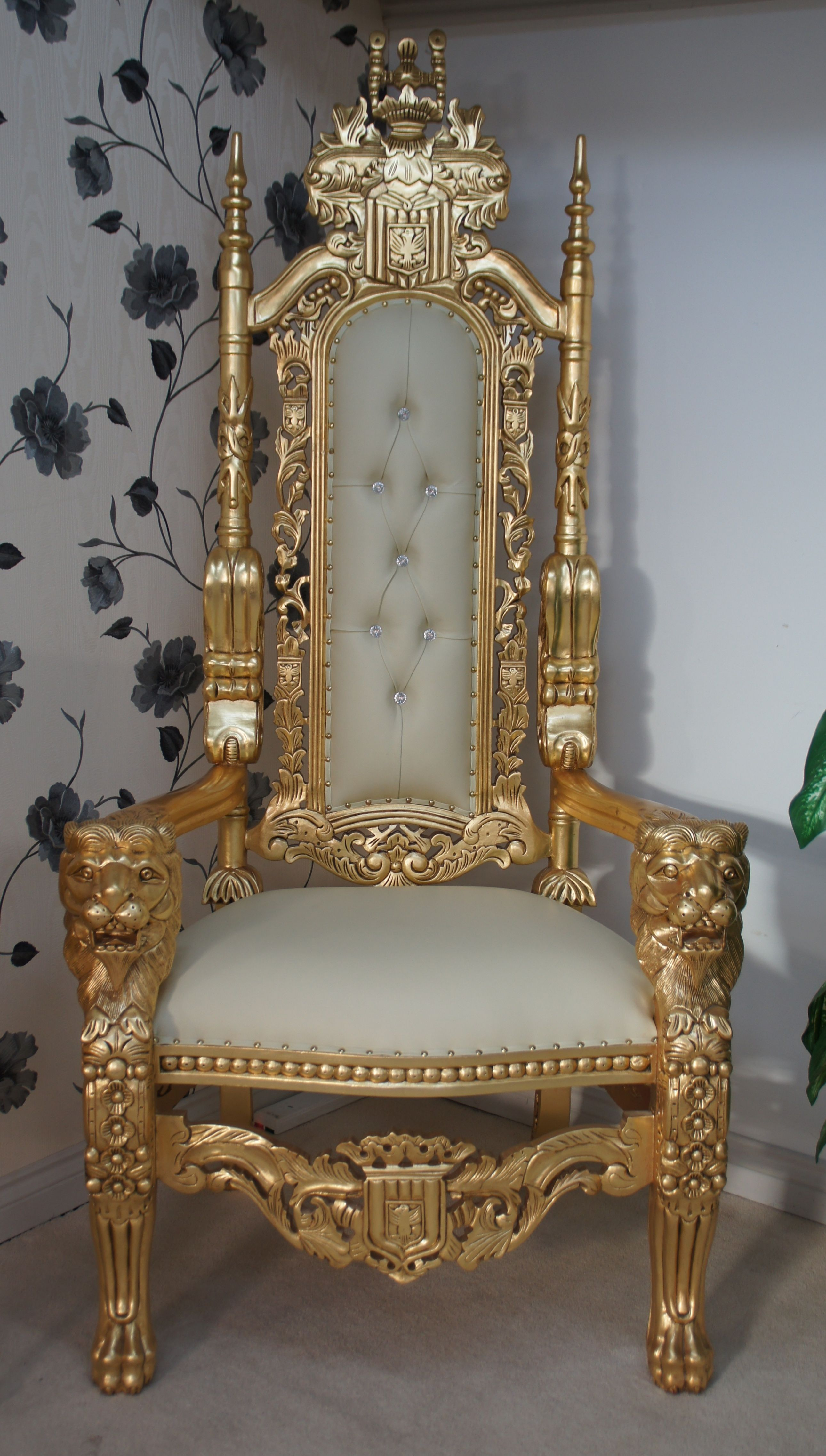 Lion Chair Lion Throne Chair In Gold Leaf Cream Easiclean Faux