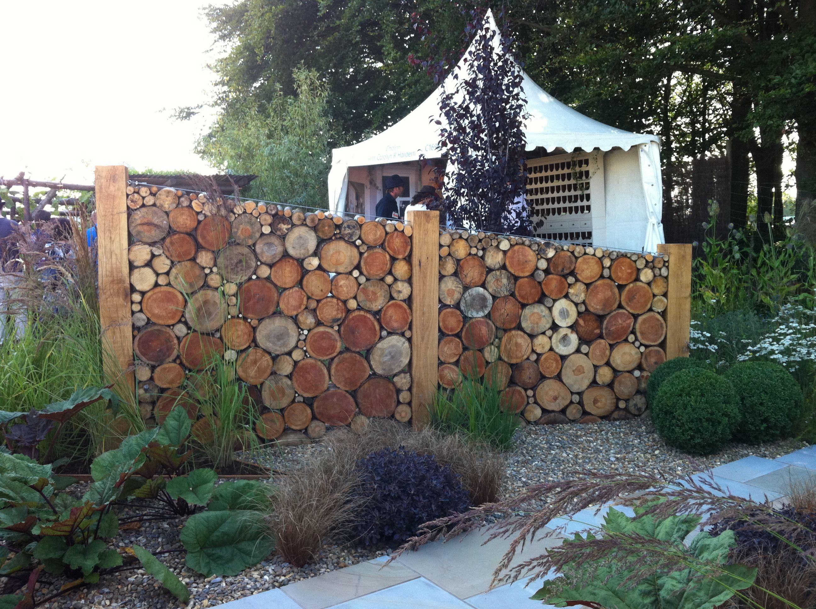 A Quirky Garden Divider Idea To Create Areas Tatton Pk Flower