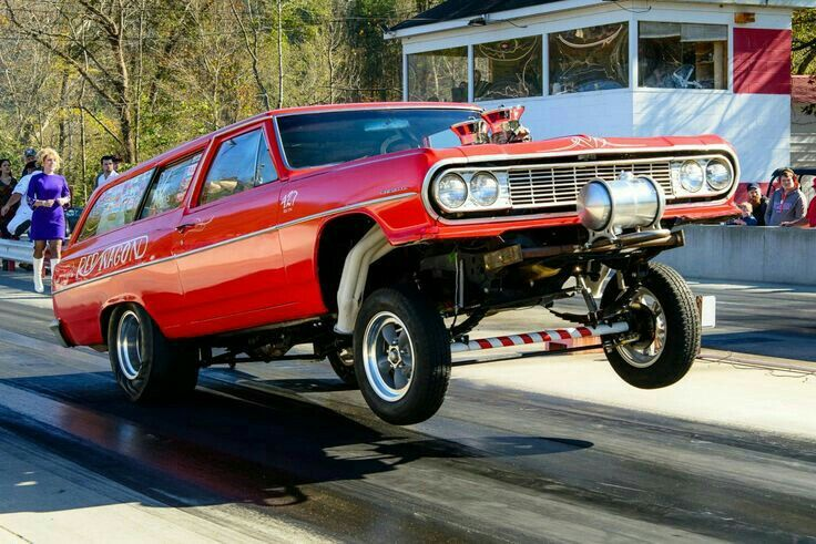 Racers Station Wagon Drag