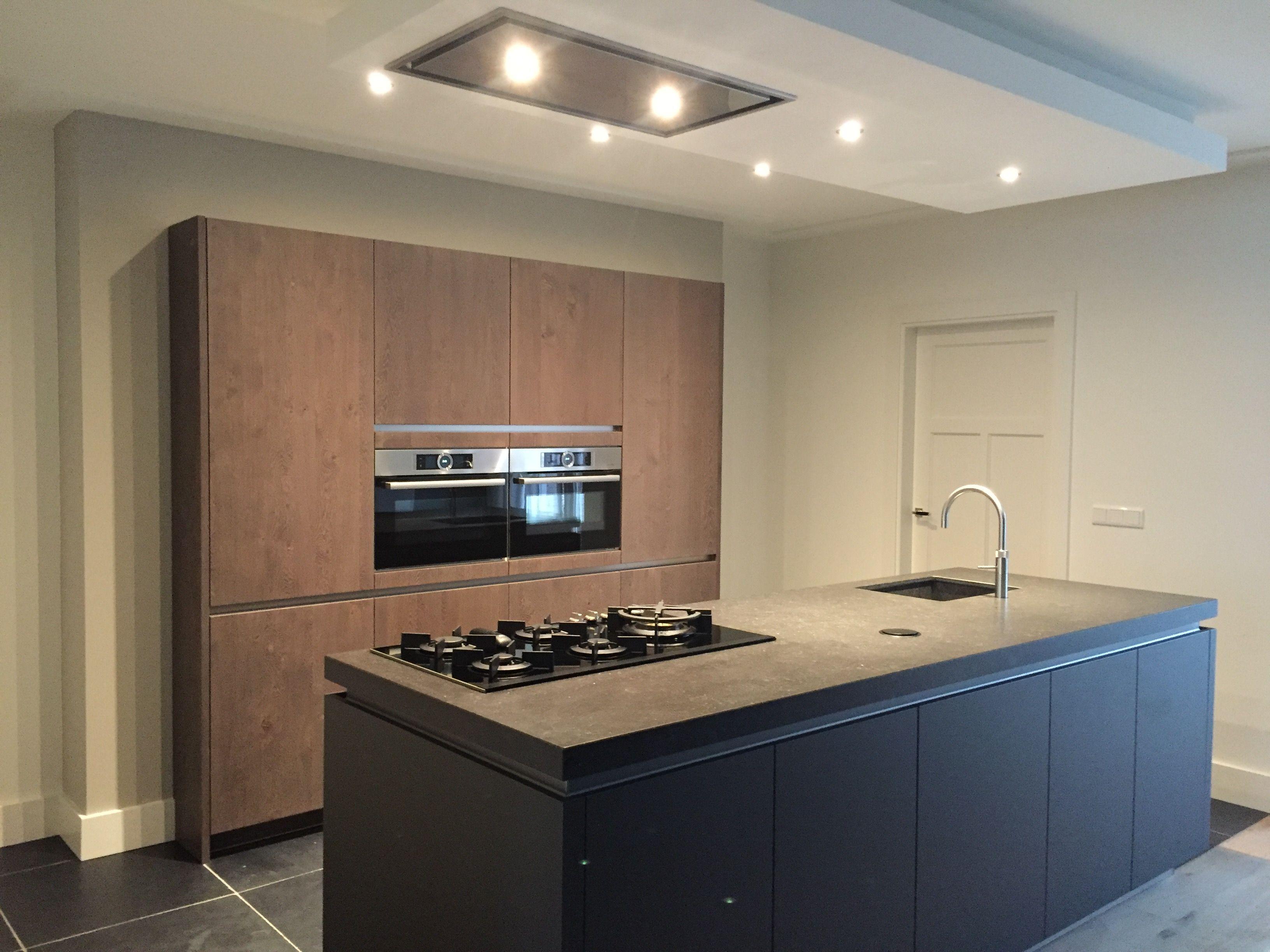 Keuken Beton Moderne : Kücheninsel beton moderne keuken kookeiland keuken met hout meer