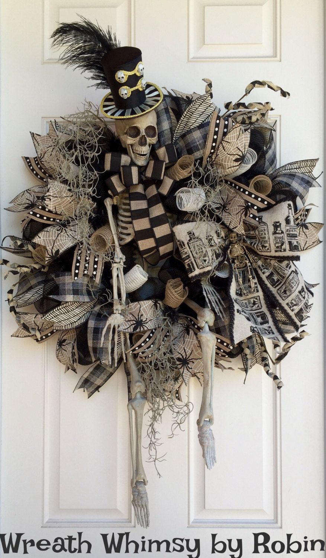 XL Halloween Skeleton Deco Mesh Wreath in Tan & Black