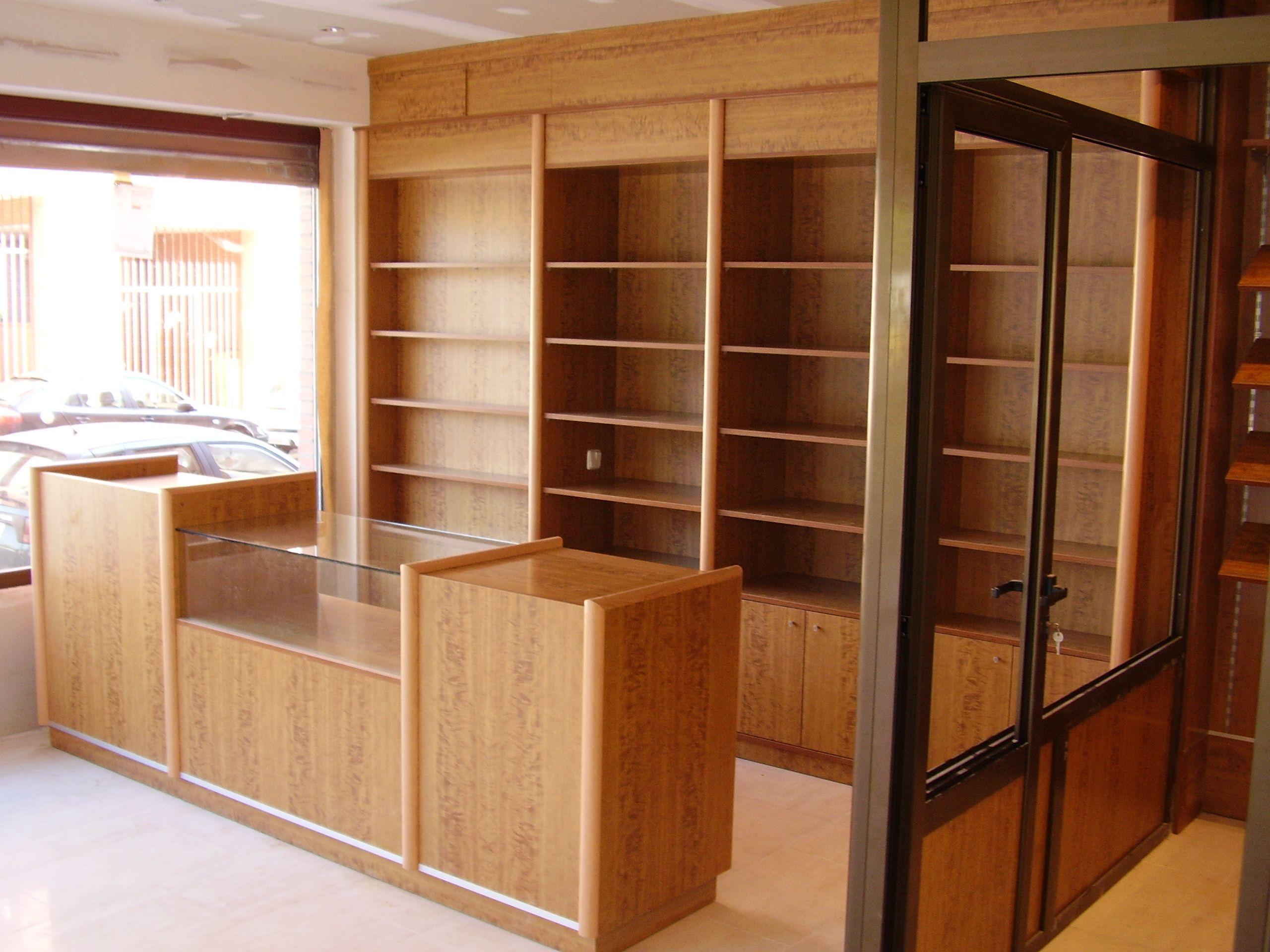 Mobiliario Para Comercios Muebles De Madera Y Estanterías