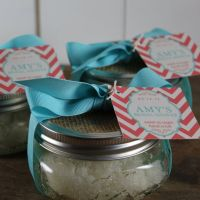 Best 25+ Mason jar favors ideas on Pinterest | Gifts in a ...