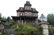 Paris' Haunted Mansion Spooky