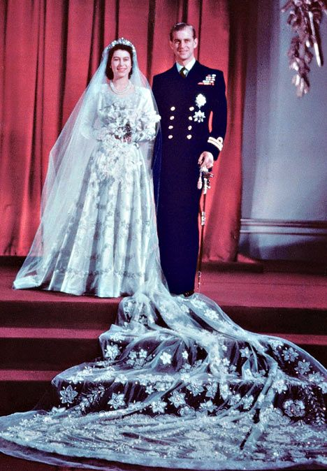 Queen Elizabeth II On Pinterest Queen Elizabeth The