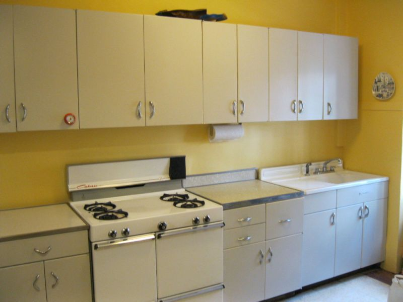 Galvanolux and Metal Kitchen Cabinets are made of