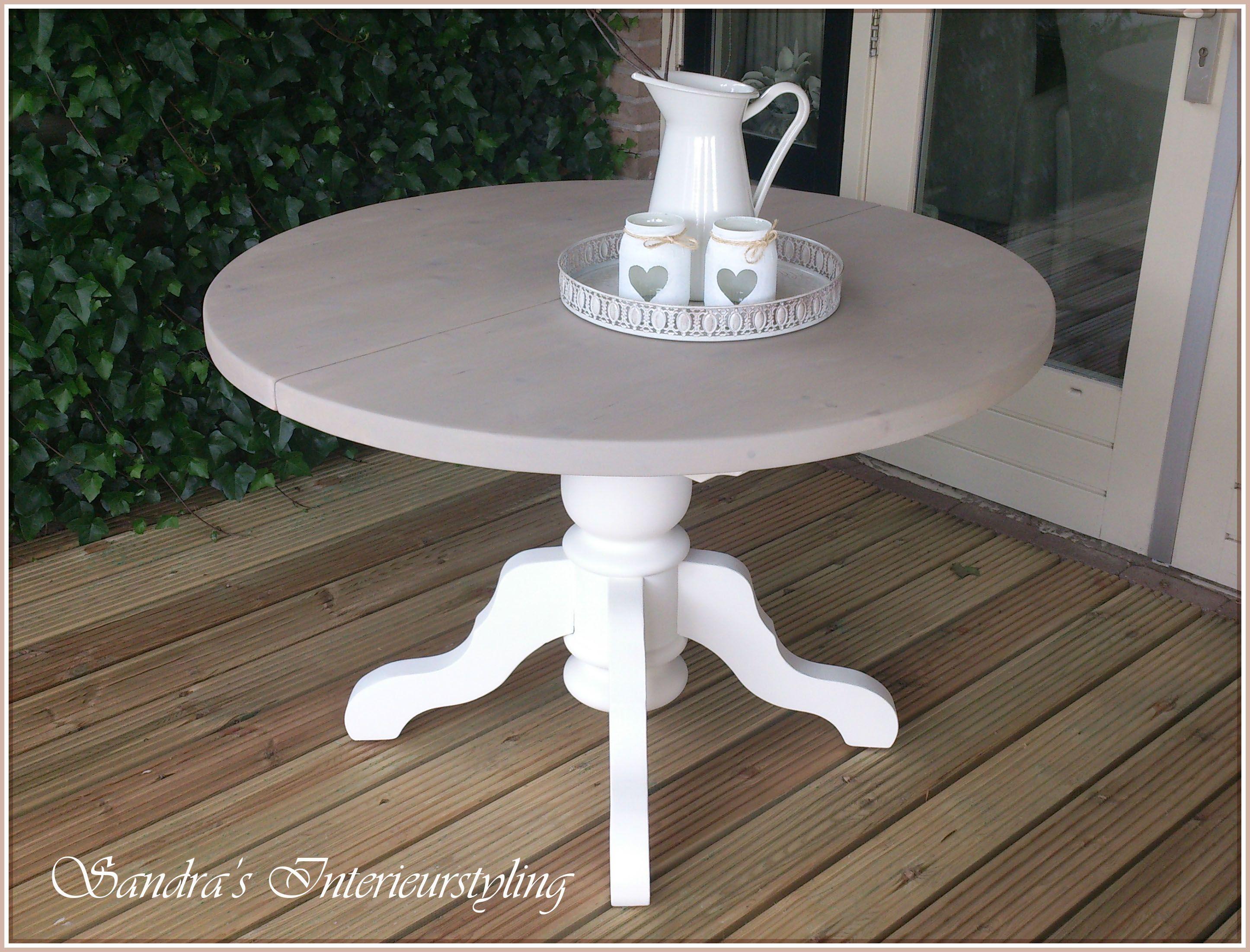 Ronde eetkamer tafel uitschuifbaar RM stijl en erg leuk