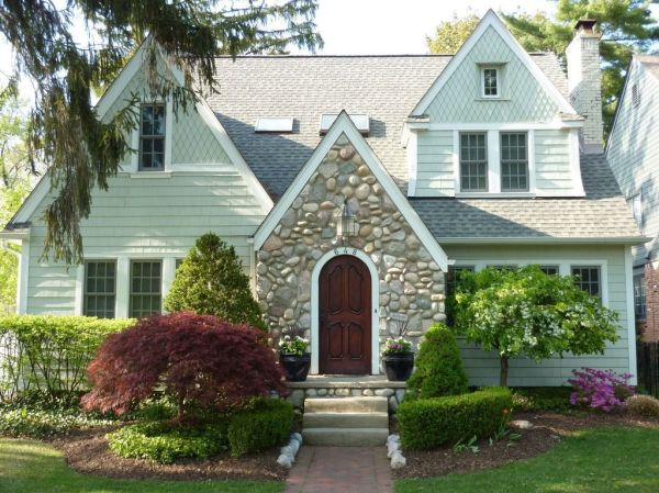 English Country Cottage for sale in Michigan   English ...