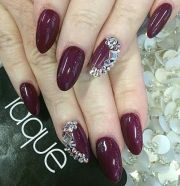 maroon burgundy nails. rhinestones