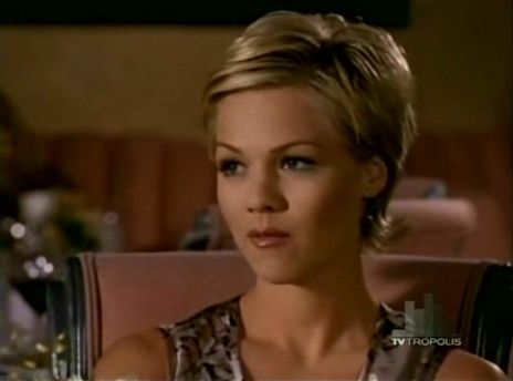 Beverly Hills 90210 Kelly Taylor 90's Pinterest Coupe