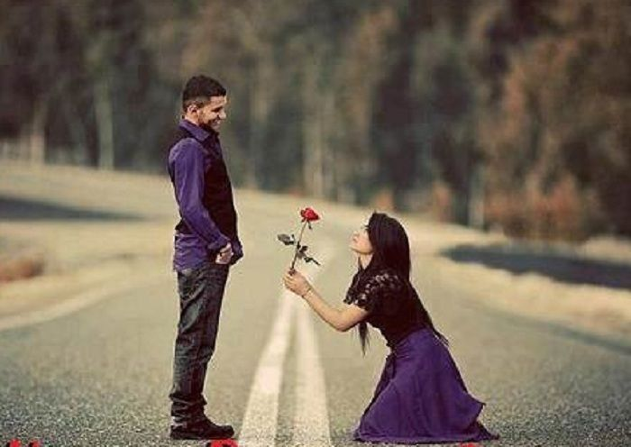 Girl Proposes To Boyfriend Wallpaper Girl Propose To Guy Brides Amp Grooms By Weddingsonline