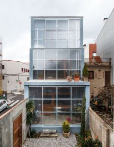 Gallery of house  arquitectes also architecture rh za pinterest