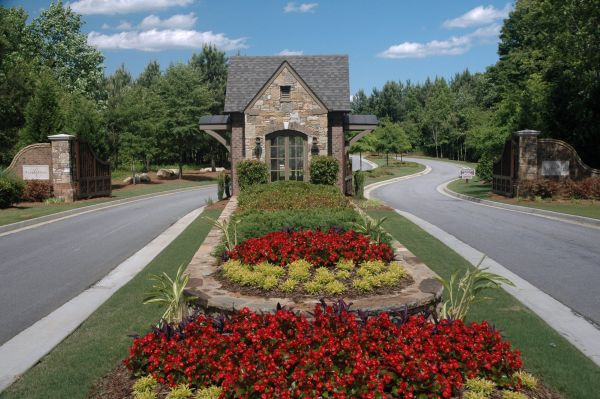 Neighborhood Entrance Landscaping Ideas