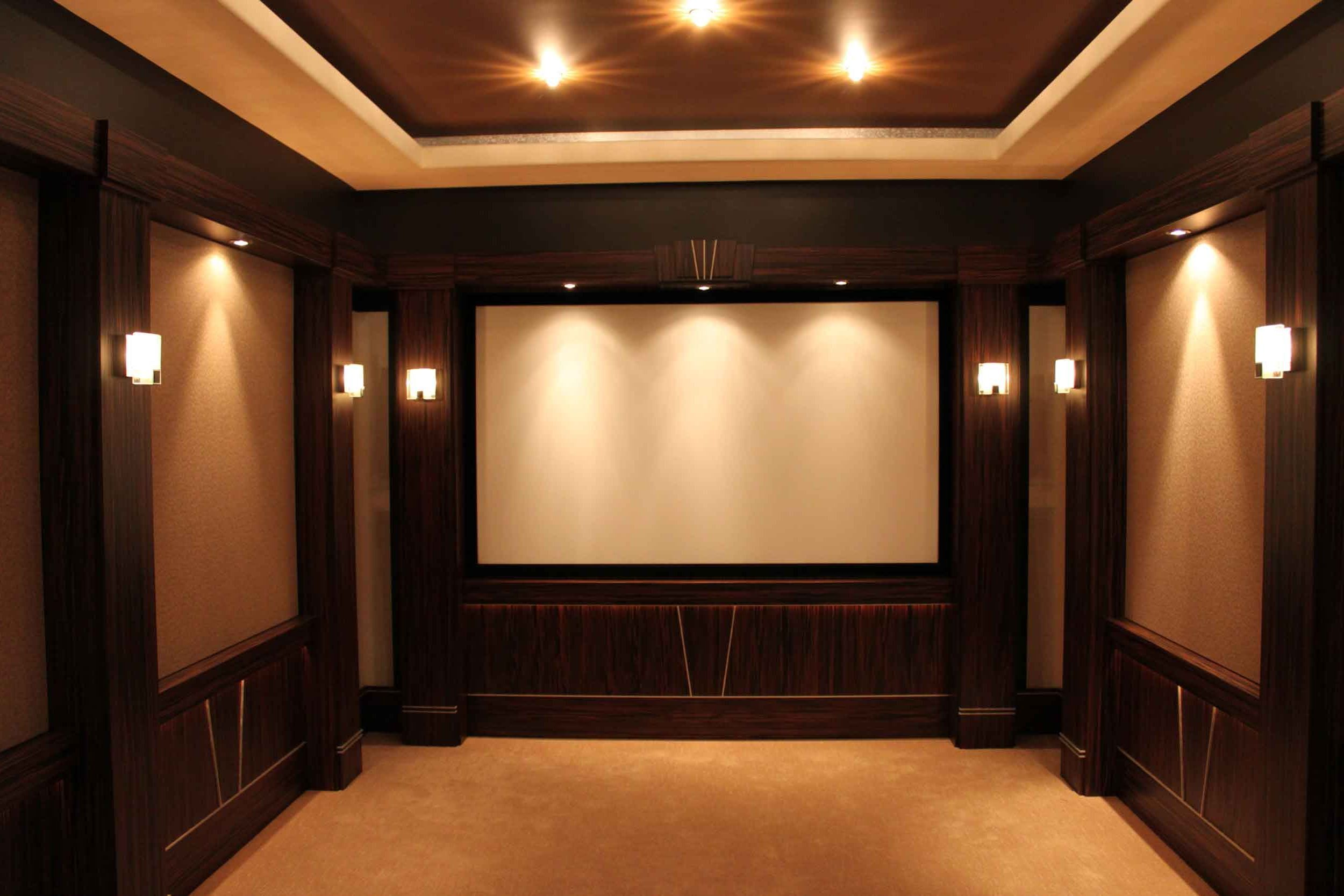 Looking for somewhere to waste time? Interior Small Home Theater Room Ideas Big Screen On The ...