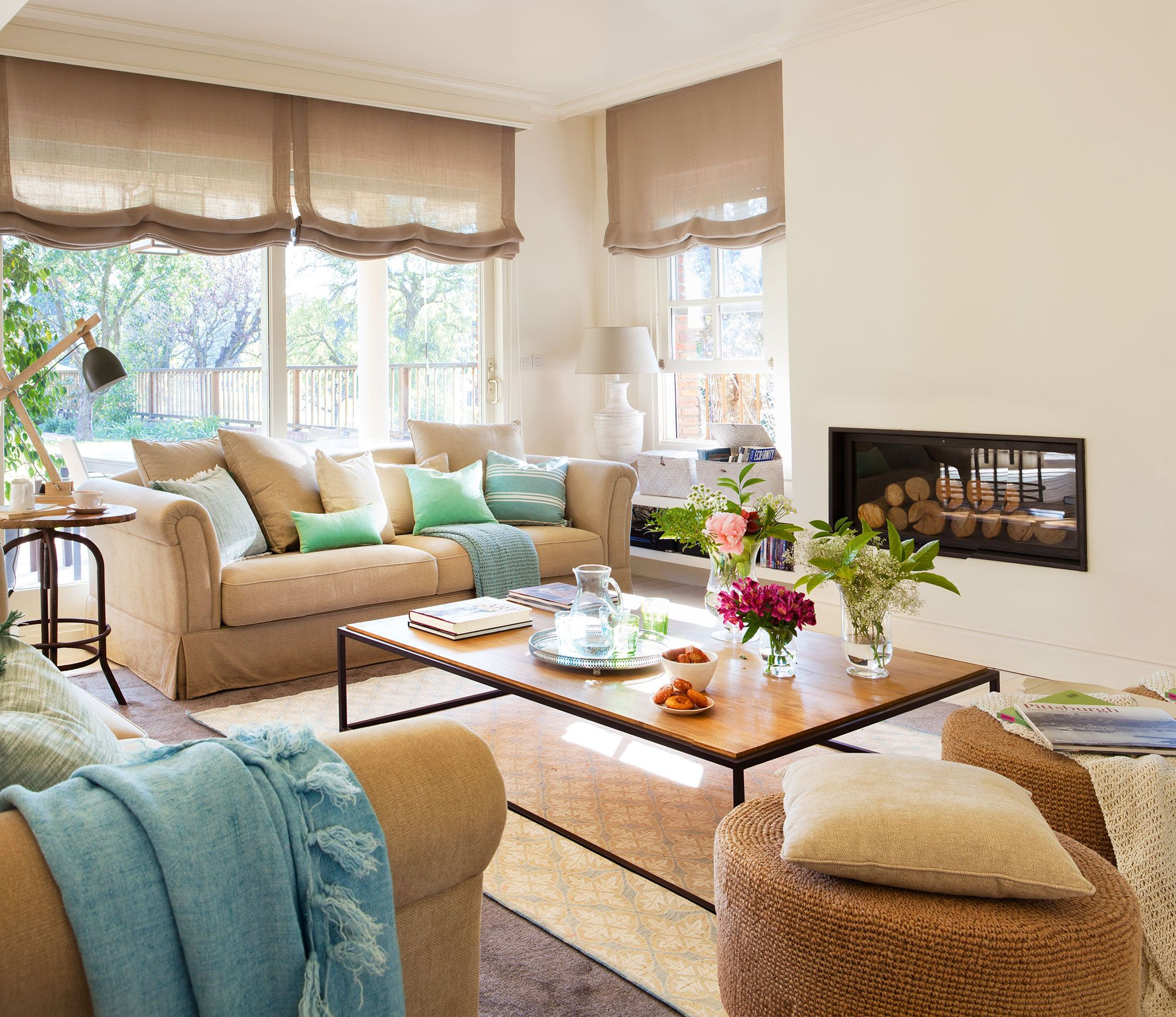 Room also consejos de experto para decorar tu salon cortinas rh pinterest