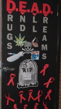 2013 door decorating contest WINNER! | Red Ribbon Week at ...
