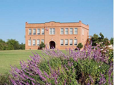 The Old Bedford School Bedford TX Reasonably Priced Wedding Venue In Texas 72818