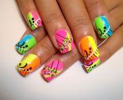 general-funky-colorful-stripe-design