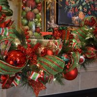 52 Christmas Mantles  | Garland ideas, Garlands and Holidays