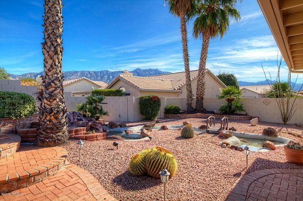 simple arizona backyard desertscape