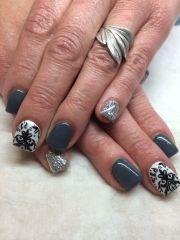 gel nail design grey black