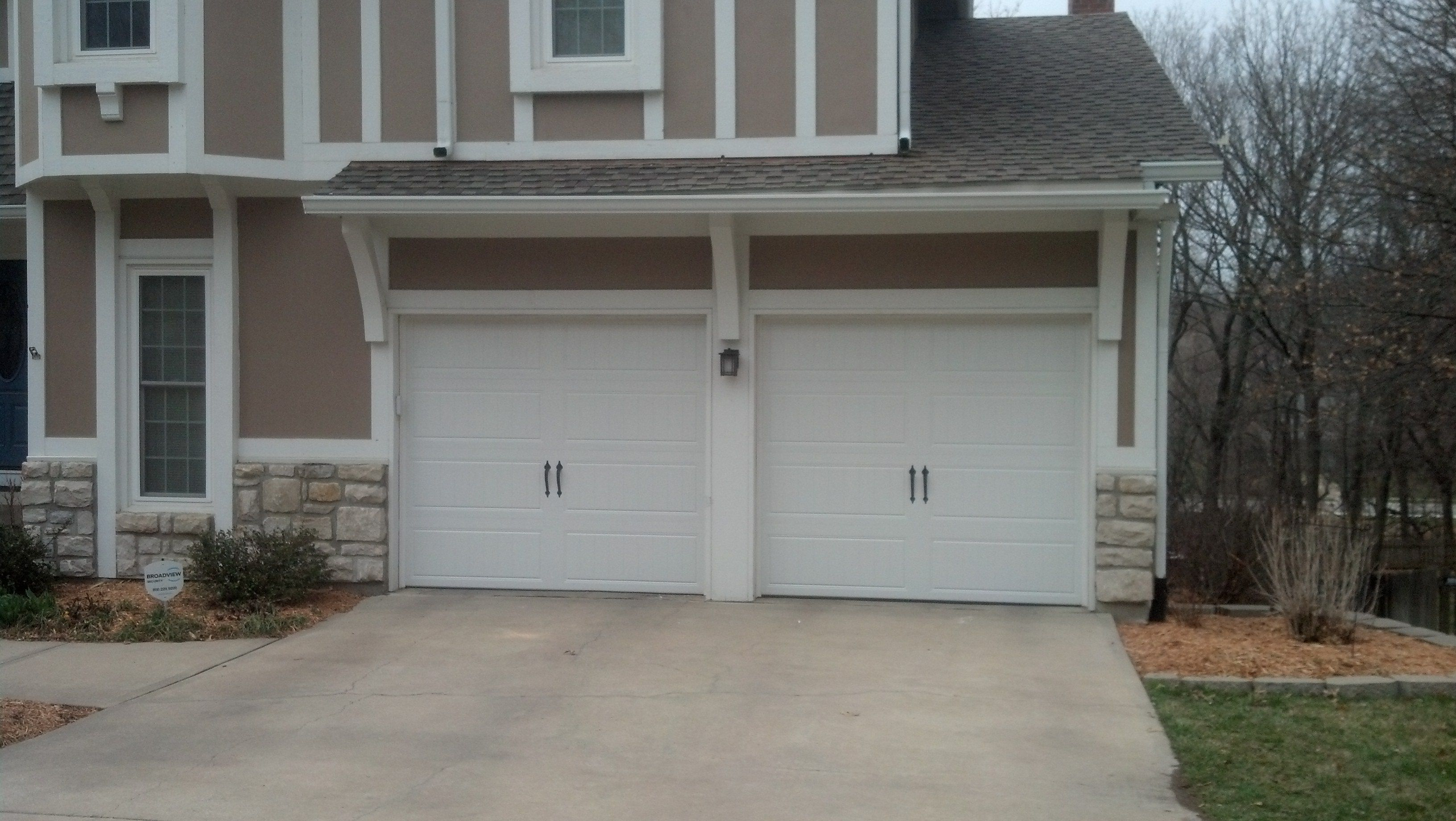 Clopay Gallery Collection Steel insulated garage doors