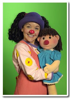 The Big Comfy Couch Lunette And Molly Her Dolly A Walk Down