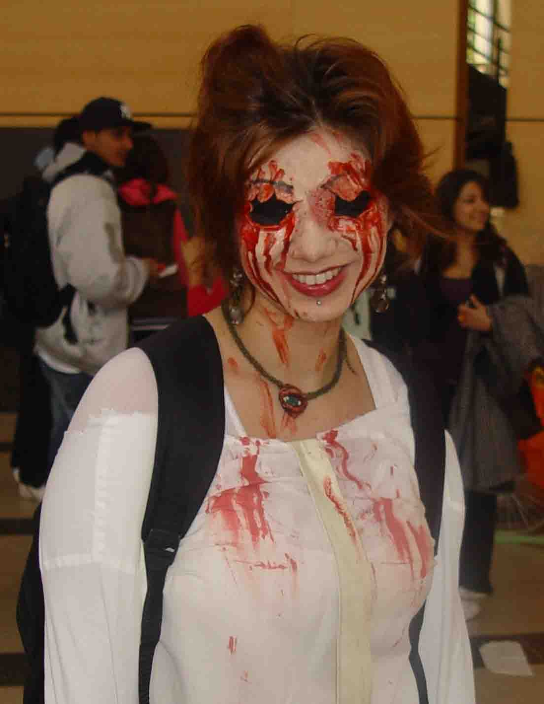 Haunted House Costume Ideas Google Search Herräng 2013