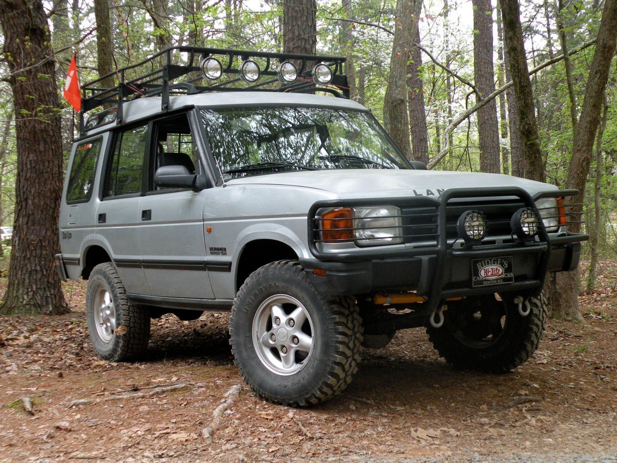 Old Man Emu Lift Kit installed on 1996 Land Rover Discovery