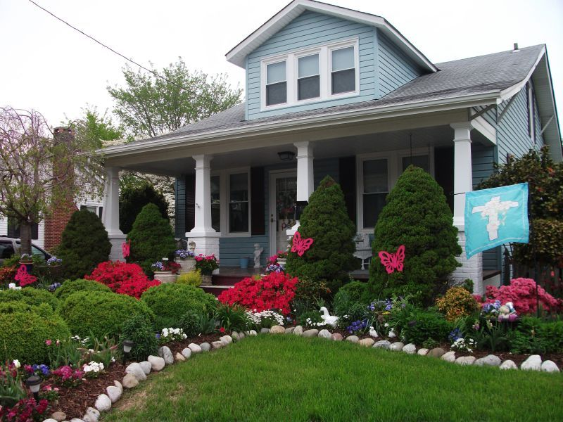 Front Yard Landscaping With Small Grass Area For A Bungalow Love