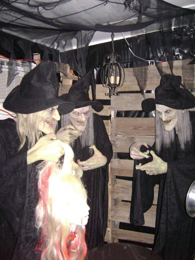 Kids' Haunted House Vampires Castle Evil Pumpkins Witches