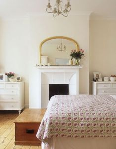 love the neat simplicity of this room using minimal decorating items to make personal traditional country bedroom from house home also bedrooms ideas pinterest garden rh