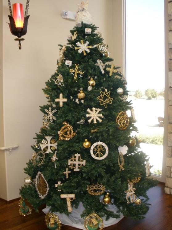 Church Christmas Art Decorating Clip