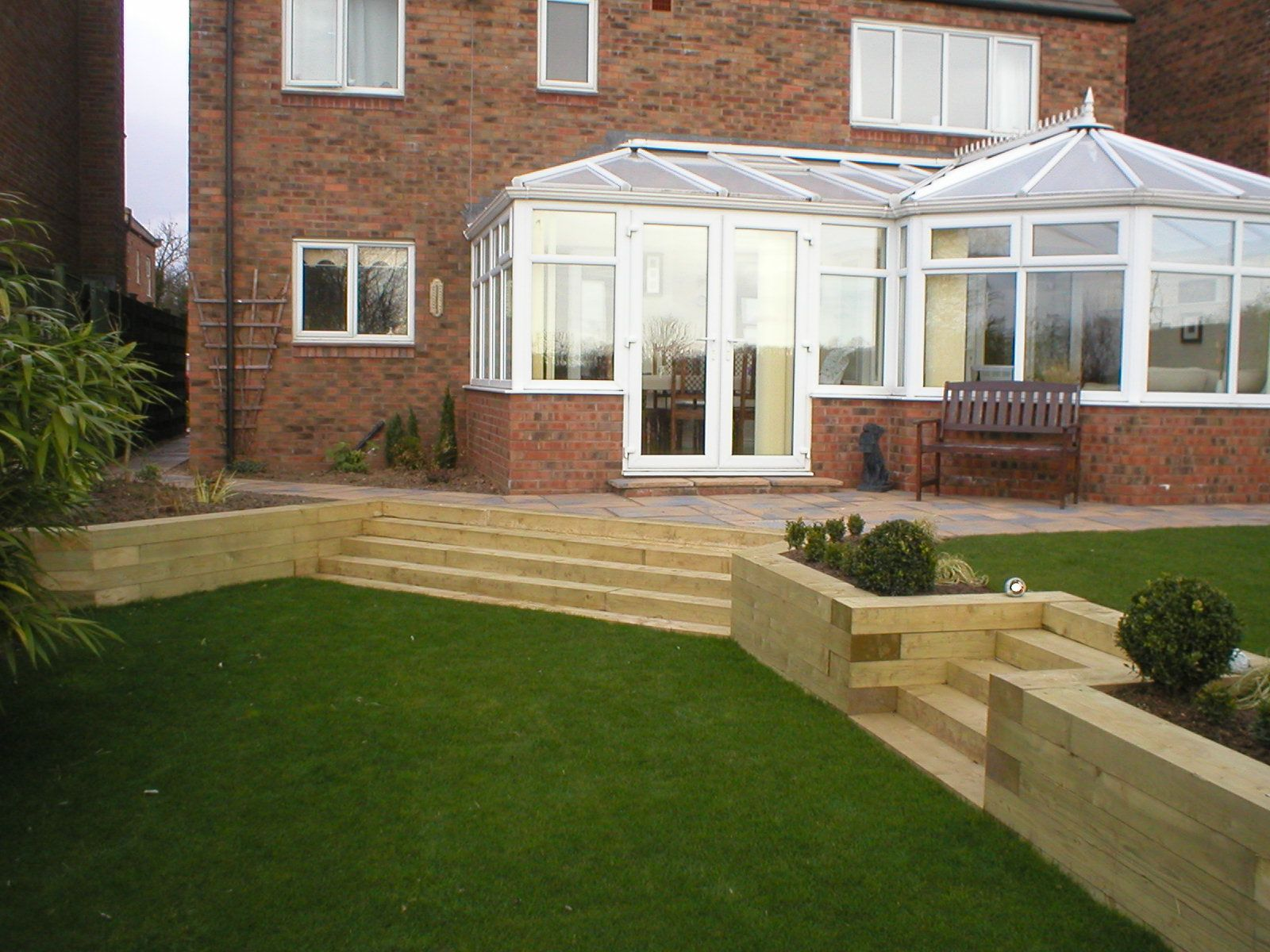Split Level Garden In Tollerton York Using Sleepers Gardening
