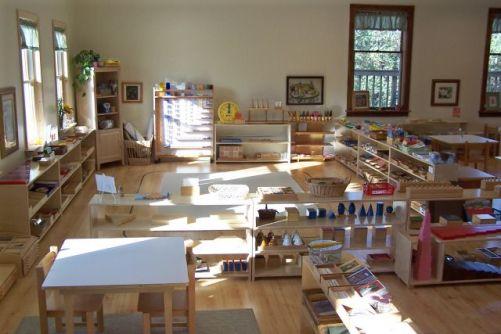 """Résultat de recherche d'images pour """"classe montessori"""""""