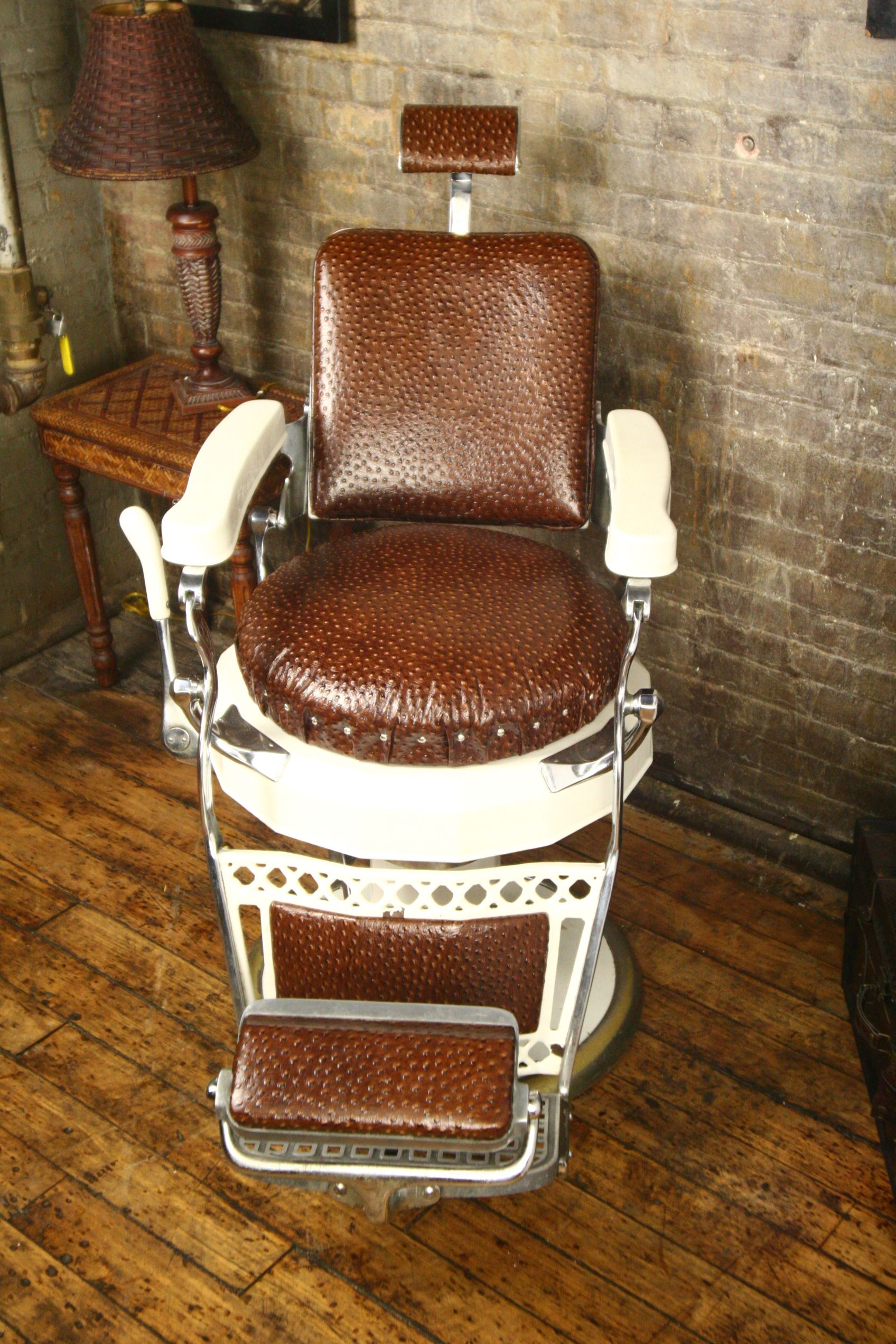 Shop Chairs Vintage Barber Chair Replicas Google Search Salons