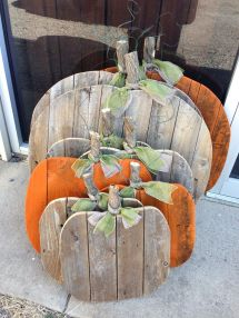 Picket Pumpkins Recycled Fence Pickets. #