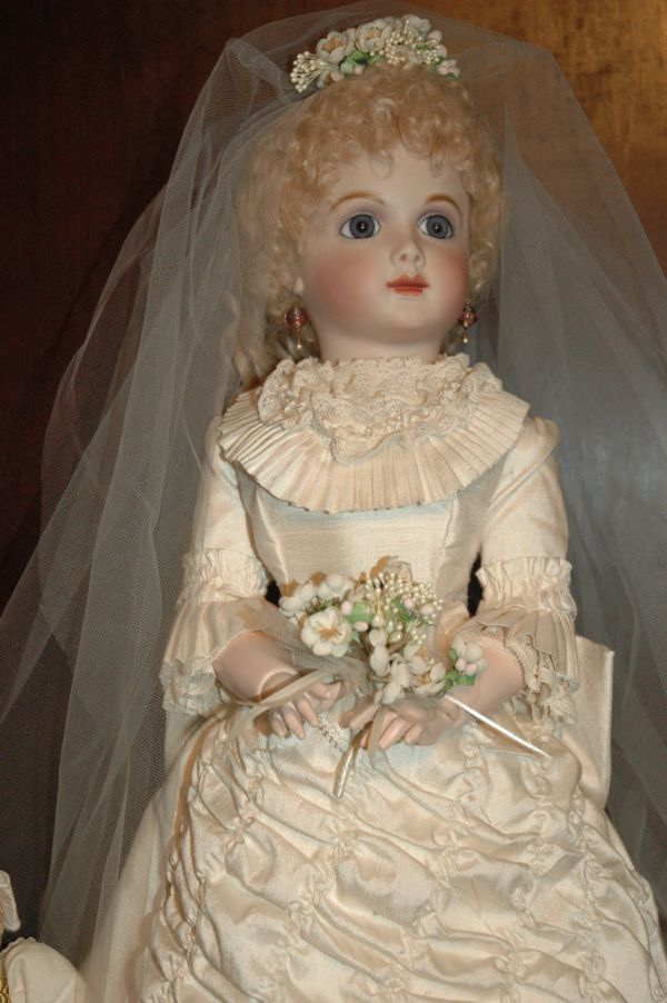 Porcelain Bride Dolls Reproduction Doll Lady